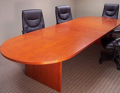 Forgó bőr irodai székek nagy méretű tárgyalóasztallal