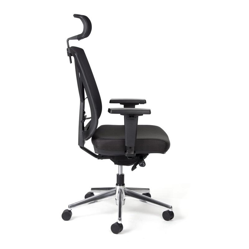 130 kg-os teherbírással rendelkező szék